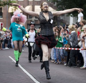 drag queen amsterdam1 1 300x290 Drag Queen Olympics   More great photos