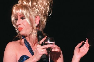 8418287 1 150007 300x200 Kerr, a drag queen star in Las Vegas, dies