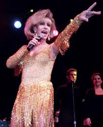 images1 Kerr, a drag queen star in Las Vegas, dies