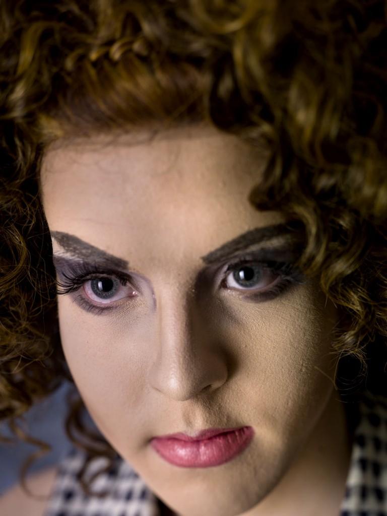 Laura Dolls portrait by Martijn Crowe